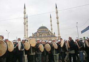 Поиски символов России привели к погрому и нападкам на Мегафон в Чечне