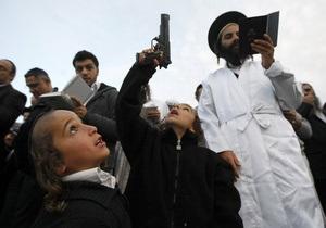 новости Умани - Рош-га-Шан - хасиды - паломники - В Умань прибыли более девяти тысяч хасидов, получивших спецприем в Борисполе