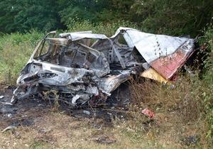 новости Тернопольской области - ДТП - Под Тернополем столкнулись фура и легковой автомобиль, три человека погибли