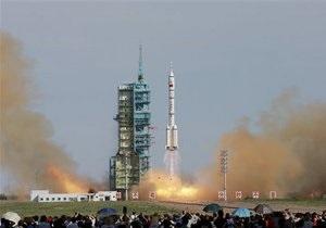 Китай намерен отправить зонд на Луну в конце года - СМИ