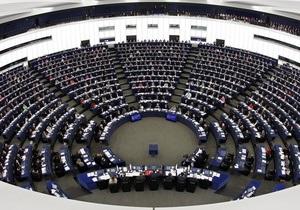 Еврочиновник назвал  предупредительным выстрелом  августовское давление России на Украину