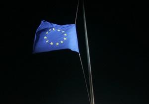 Reuters: Киев призвал Москву отказаться от барьеров из-за ЕС - торговые войны - азаров - путин - медведев