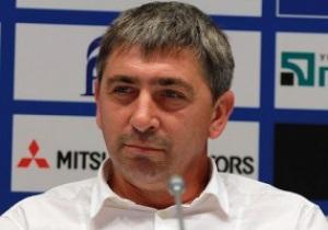 Тренер Карпат опроверг слухи про разгон команды