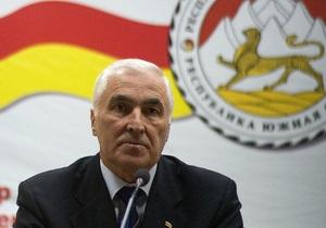 Президент Південної Осетії хоче вступити в союз із РФ та Білоруссю