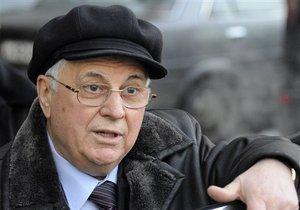 Кравчук схвалив дії Януковича у торговій суперечці з росіянами, нагадавши про  незграбність  Ющенка