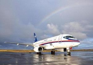 Росія призупинила фінансування проекту нового SuperJet