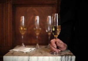 Акцизи на алкоголь - В Україні акциз на французьке шампанське зросте в десять разів
