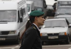 Прикордонники - нелегали - На кордоні з Польщею затримали двох українців з викраденими мікроавтобусами