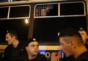 У Москві поліція провела масштабний рейд: затримано 1200 нелегалів