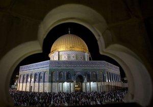 До кінця Ночі могутності. Поліція Єрусалиму закрила храмову гору для немусульман - тур в Єрусалим - Храмова гора - Рамадан
