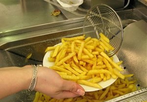 Фаст-фуд - правильне харчування - Вчені придумали, як знежирити картоплю фрі