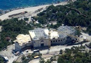 Янукович - Крим - будівництво - Банкова заявляє, що Янукович не має відношення до масштабного будівництва на мисі Айя