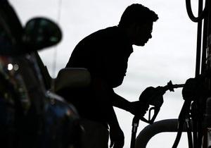 Такого зростання не було ніколи: у Росії за місяць оптові ціни на бензин зросли на 30%