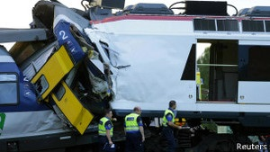 Аварія потяга у Швейцарії: десятки поранених