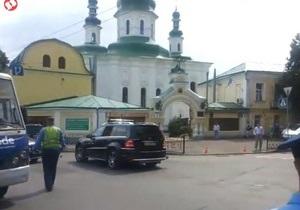 Кортеж Януковича мало не потрапив у ДТП - ЗМІ