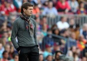 Барселона продолжит выплачивать Виланове зарплату
