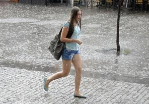 Погода в Україні - На початку тижня в Україні очікуються дощі та грози