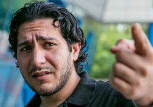 Палестинець в аеропорту Алмати: життя в транзитній зоні - ВВС Україна