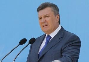 В ячеслав Овчаренко - КСУ - Янукович - Ім я новообраного глави КС фігурувало у матеріалах про зникнення вироків Януковичу - журналіст