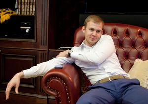 Експансія ВЕТЕК на банківський ринок: підтверджено угоду з Буряками, в орбіту Курченка входить новий гравець