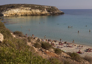 Відпочинок в Італії - книги - На пляжах Італії з являться безкоштовні книги для відпочивальників