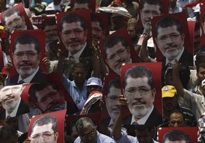 Ештон закликала владу Єгипту звільнити Мурсі