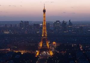 Google створив віртуальну екскурсію Ейфелевою вежею
