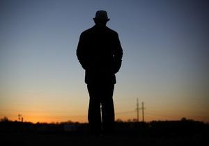 Новини США - амнезія - дивні новини - Американець після втрати свідомості став говорити шведською і не може згадати колишніх дружин