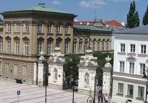 DW: Польські виші  переманюють  українських студентів