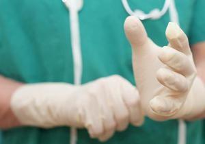 Відлуння Євро-2012: Німецький лікар другий рік безкоштовно оперує дітей у Львові