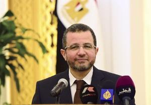 Військовий переворот у Єгипті - Прем єр-міністр Єгипту пішов у відставку