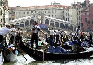 Новини Італії - подорож до Венеції: Влада Венеції перевірятиме гондольєрів на алкоголь і наркотики