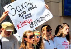 DW: Мовне питання в Україні – на  смітнику історії ?