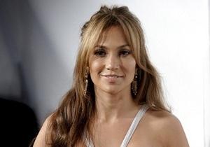 Дженніфер Лопес критикують за пісню для президента Туркменистану