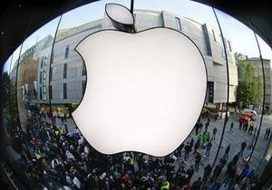 Втеча з яблука: співробітники Apple йдуть у Google і Facebook