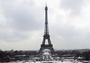 Кількість відвідувачів Ейфелевої вежі скоротилася на 800 тис. осіб