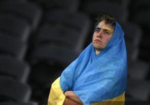 Опитування - настрої українців - Більшість українців незадоволені ситуацією у країні і звинувачують Януковича