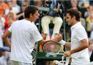 Українець Стаховський переміг титулованого тенісиста Федерера