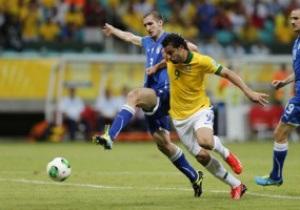 Кубок Конфедераций. Бразилия бьет итальянцев