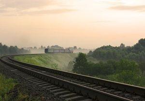 Укрзалізниця научит РЖД возить автомобили в пассажирских поездах