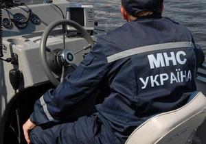 У Дніпропетровську потонули дві семирічні дівчинки, які плавали на матраці