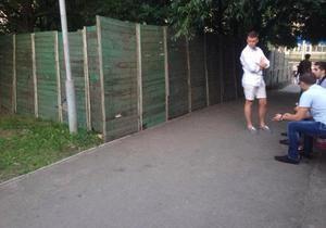 новини Києва - КПІ - Студенти КПІ за допомогою курсових робіт спалили будівельний паркан