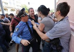 Мітинг 18 травня - МВС - Слідство встановило ще чотирьох підозрюваних у перешкоджанні роботі журналістів на мітингу 18 травня