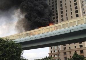 Новини Китаю - Китаєць, який влаштував підпал автобуса, загинув разом з жертвами пожежі