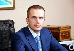 Сын Януковича реструктуризует алкобизнес, из которого вышел Ахметов - Александр Янукович - мако - артемовский завод