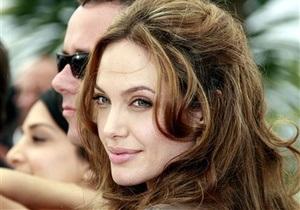 Корреспондент: Помилки Творця. Зважившись на видалення грудей, Джолі започатковує нову еру в медицині майбутнього