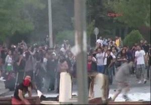 ЄС вказав на надмірне застосування сили до турецьких демонстрантів