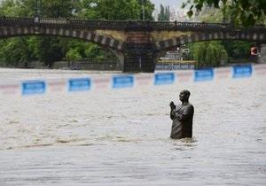 У Празі закрили вісім станцій метро через загрозу повені