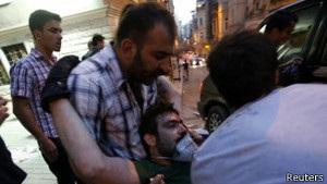 У Туреччині вже другий день тривають протести