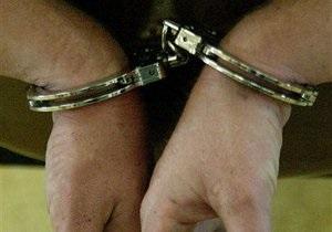У Москві підозрюваний у зґвалтуваннях покінчив з собою під час обшуку